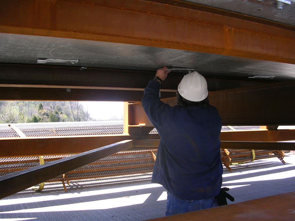 08-clips-attach-deck-to-beams.jpg