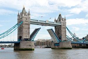 Tower Bridge - Steve Collis from Melbourne AU image credit