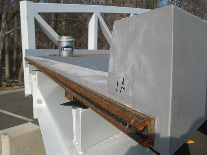 06-End-of-deck-has-expansion-joint