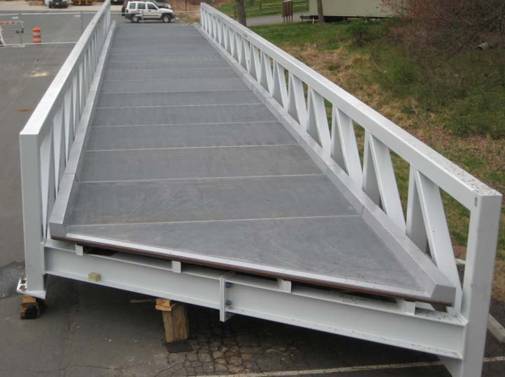 08-Completed-first-truss-shows-deck-with-integral-curbs