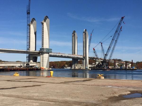 7 -SL- Bridge in middle position.jpg