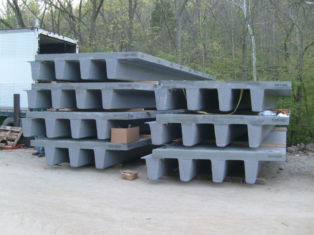 01 Integral Deck And Beam FRP Superstructure Panels