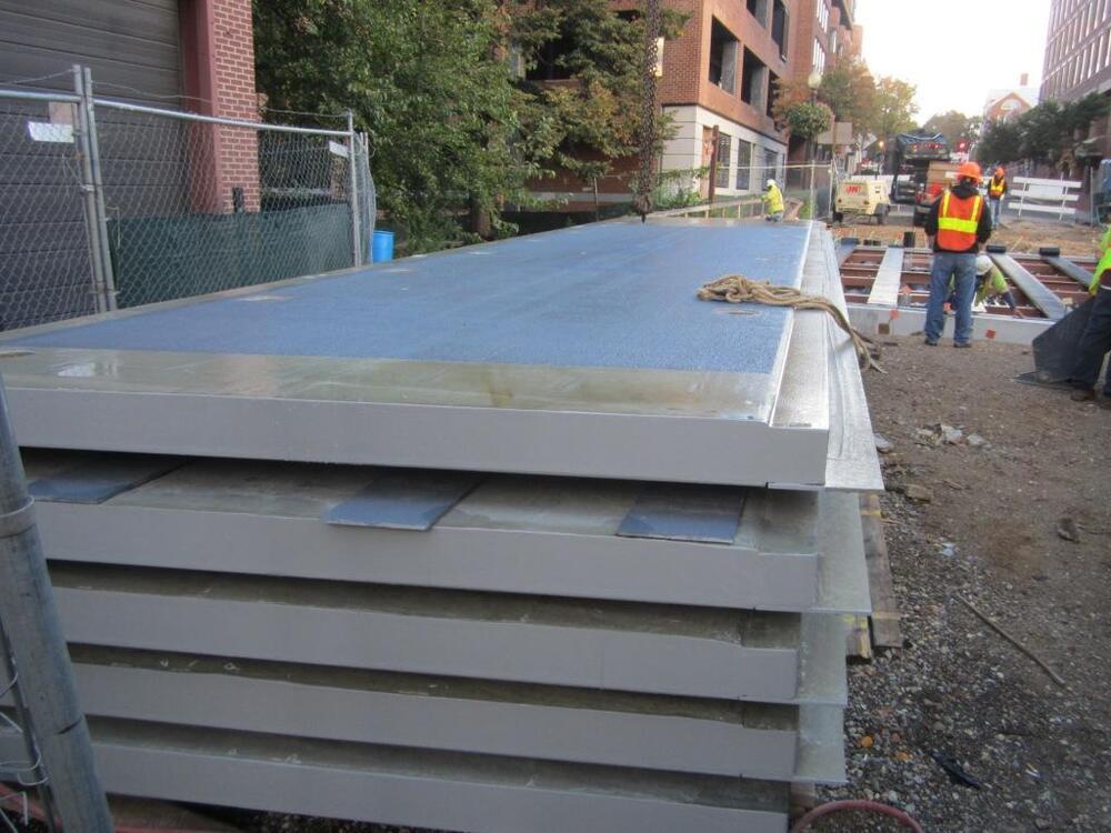 04 Deck Panels