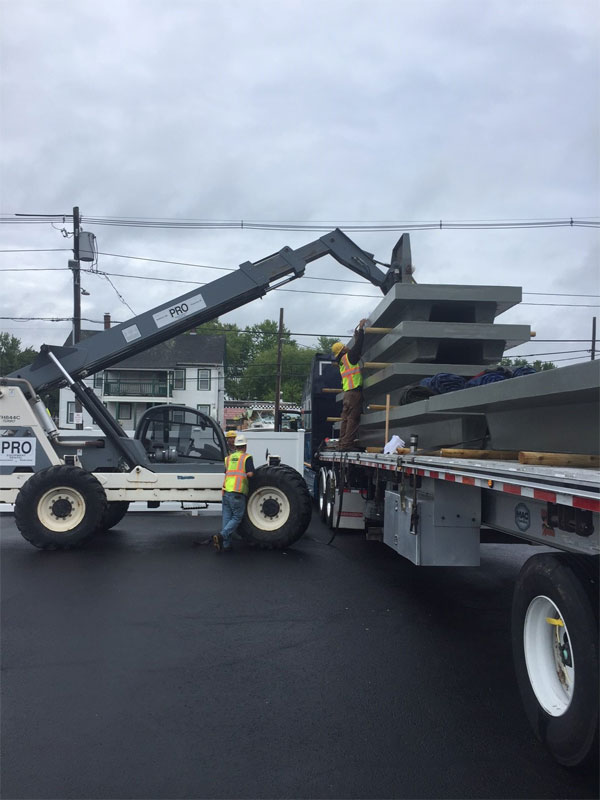 3 Panel Unloading At Site